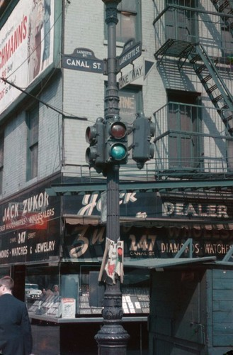 Anh hiem co ve thanh pho New York nam 1960-1961 (1)-Hinh-22