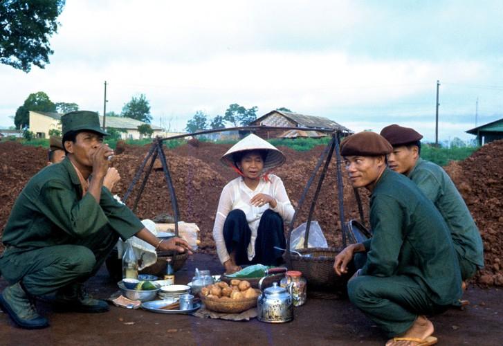 """Chum anh """"doc"""" ve dien mao tinh Binh Phuoc nam 1963-Hinh-9"""