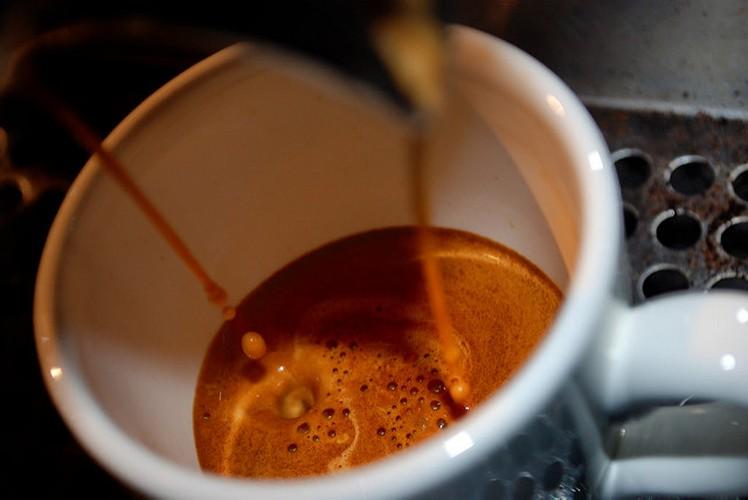 Co gi trong ly ca phe dam dac gap 80 lan espresso-Hinh-5