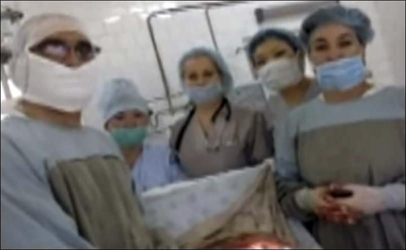 Ky tich mang thai ngoai tu cung van sinh con khoe manh-Hinh-6