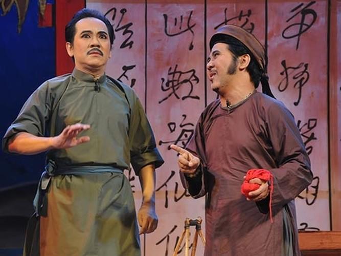 Bat ngo voi noi o cua Nha Phuong, Cong Ly-Hinh-15