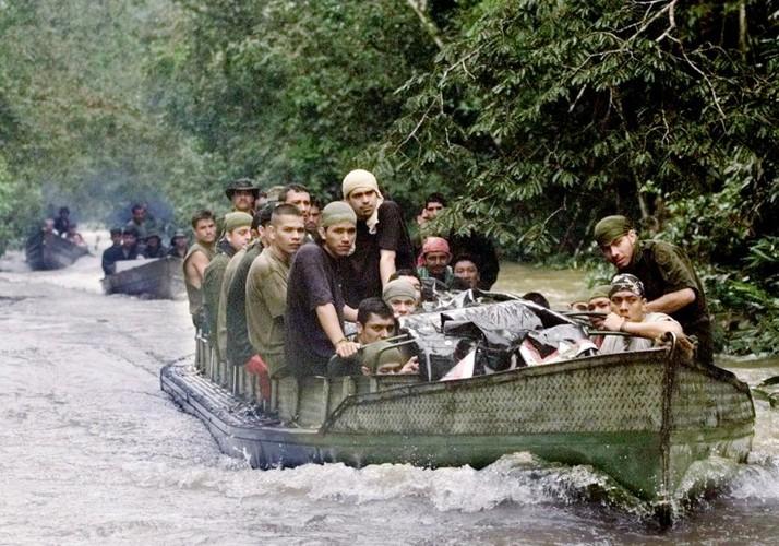 Chum anh ve cuoc noi day cua FARC o Colombia-Hinh-10