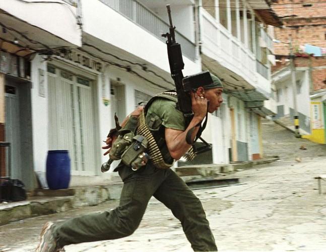 Chum anh ve cuoc noi day cua FARC o Colombia-Hinh-8