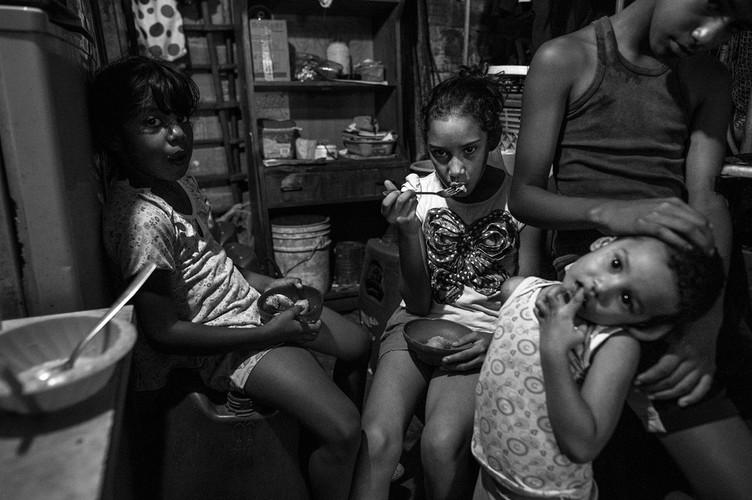 Xot xa canh ngo ngheo doi cua nguoi dan Venezuela-Hinh-3