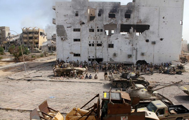 Nong hoi chien truong danh phien quan IS o Libya-Hinh-10