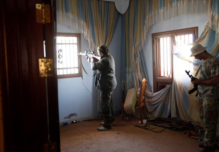 Nong hoi chien truong danh phien quan IS o Libya-Hinh-3