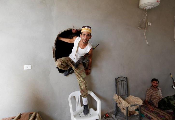 Nong hoi chien truong danh phien quan IS o Libya