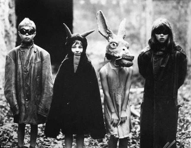 Khiep dam 10 kieu trang phuc Halloween-Hinh-3