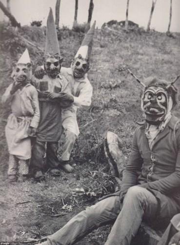 Khiep dam 10 kieu trang phuc Halloween-Hinh-7