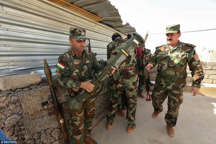 Anh quan doi Iraq chuan bi danh phien quan IS o Mosul-Hinh-11