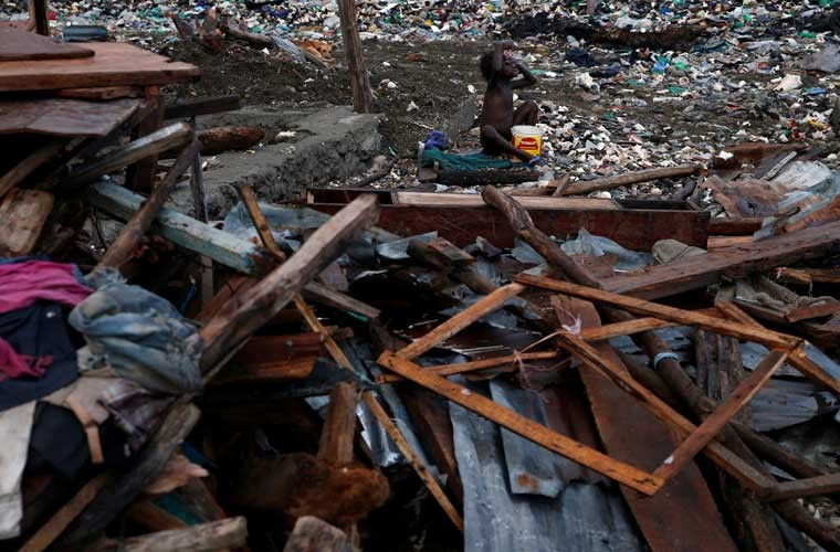 Khung hoang nhan dao o Haiti sau sieu bao Matthew-Hinh-15
