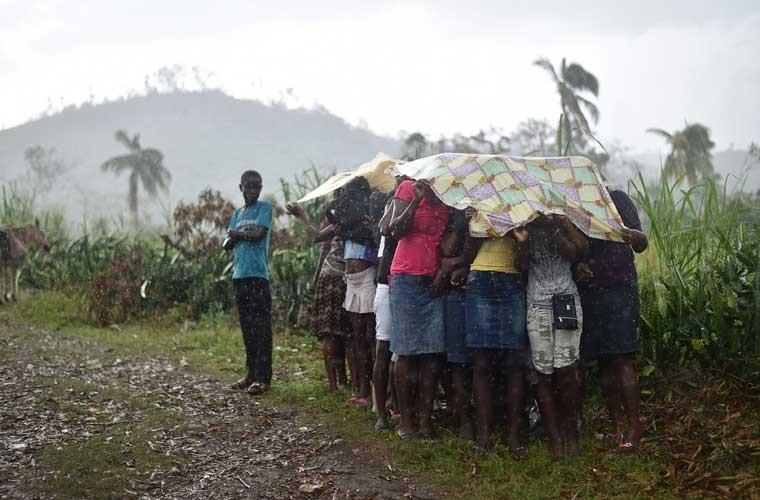 Khung hoang nhan dao o Haiti sau sieu bao Matthew-Hinh-4