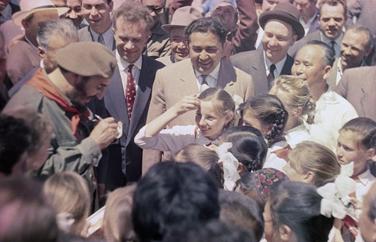 Loat anh hiem ve lanh tu Cuba Fidel Castro-Hinh-15