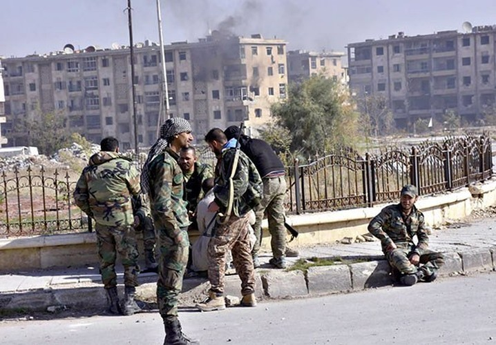 Anh: Quan doi Syria thang nhu che tre o Dong Aleppo-Hinh-8