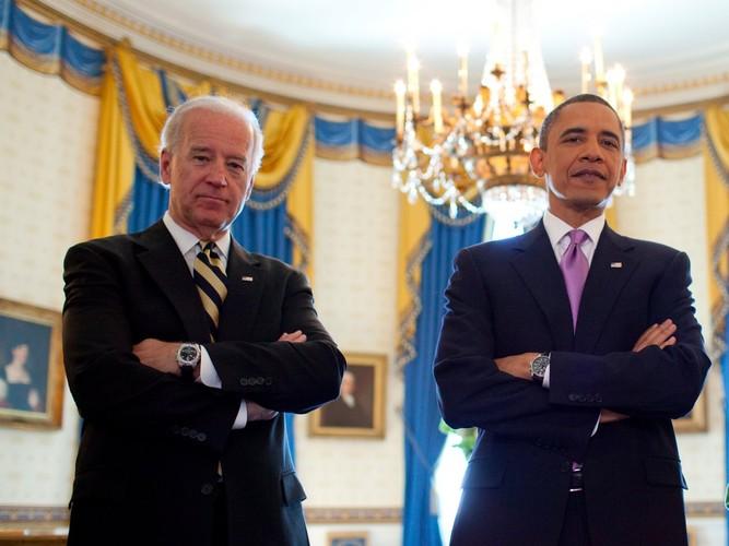 Anh than thiet giua Tong  thong Obama va Pho TT Biden-Hinh-4