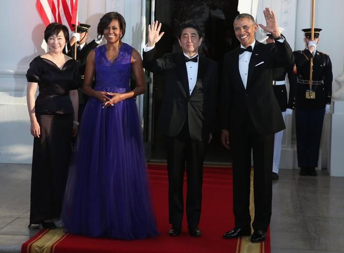 Ngam De nhat phu nhan Michelle Obama trong nhung mot thoi thuong-Hinh-9