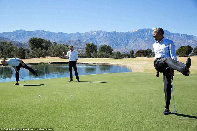 Khoanh khac Tong thong My Obama vui dua ben con gai-Hinh-4