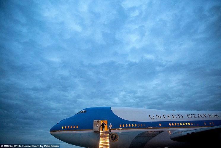 Khoanh khac Tong thong My Obama vui dua ben con gai-Hinh-7