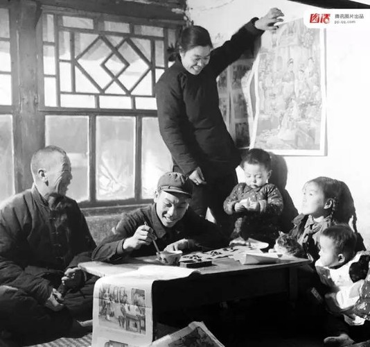 To mo khong khi don Tet Nguyen dan o Trung Quoc xua-Hinh-9