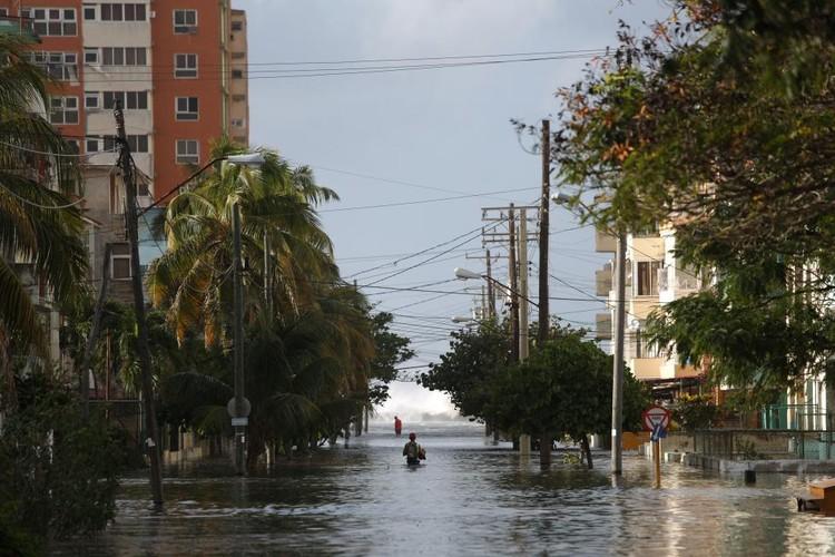 Chum anh duong pho La Habana cung bien thanh song-Hinh-14
