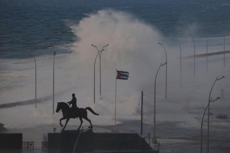 Chum anh duong pho La Habana cung bien thanh song-Hinh-8