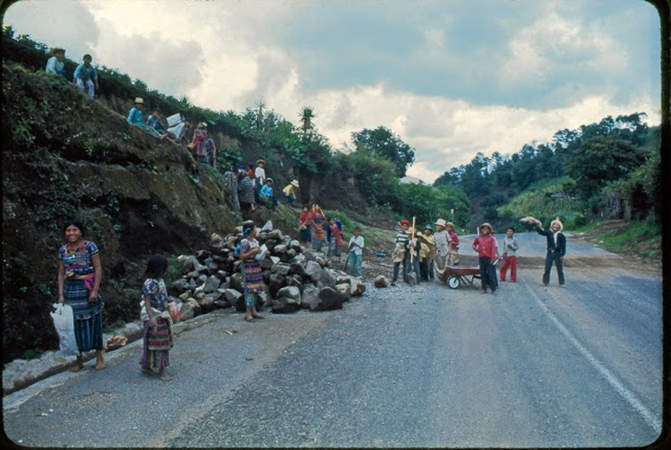 Tro lai voi dat nuoc Guatemala hoi thap nien 1970-Hinh-11