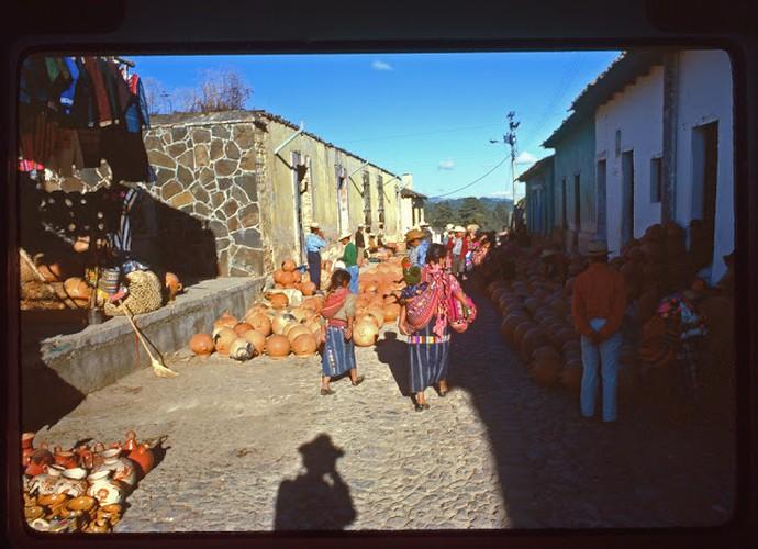 Tro lai voi dat nuoc Guatemala hoi thap nien 1970-Hinh-14