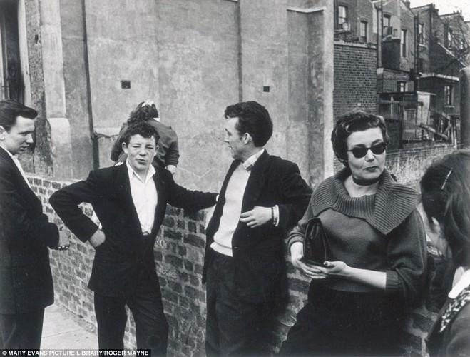 Cuoc song o London hoi thap nien 1950