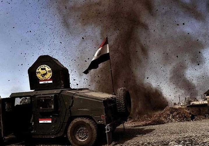 Chum anh quan doi Iraq o at danh khung bo o Tay Mosul-Hinh-2
