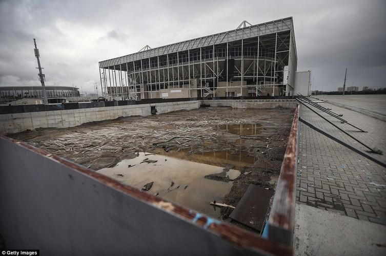 Canh cac cong trinh phuc vu Olympic Rio 2016 tan hoang