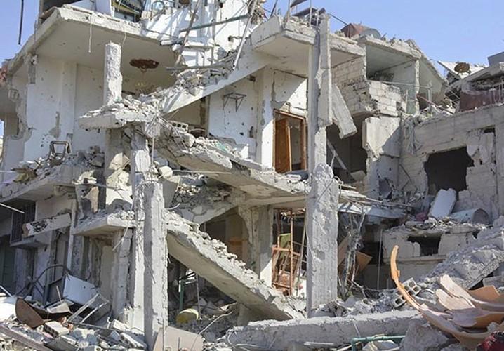 Anh: Quan doi Syria gianh lai quan al-Qaboun, khung bo rut lui-Hinh-11