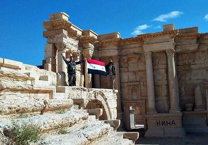 Anh: Quan doi Syria mo mat tran moi giai phong Deir ez Zor-Hinh-6