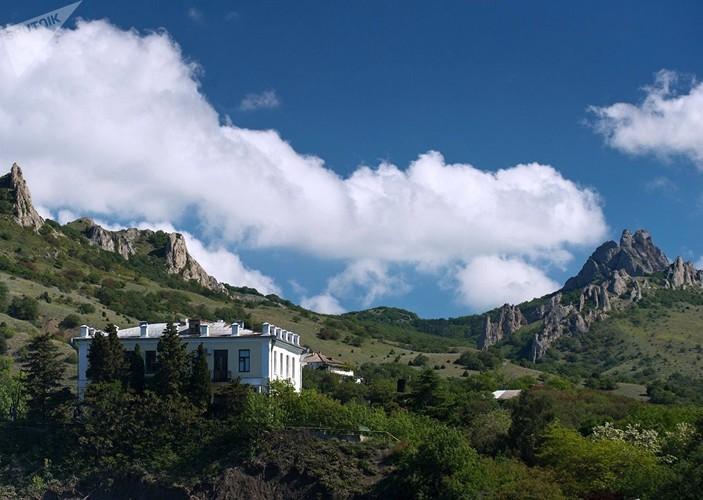 Dep nhu tranh ve  Khu Bao ton thien nhien o Crimea-Hinh-17