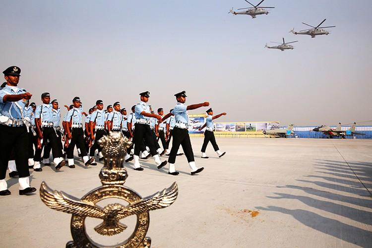 Khong quan An Do: Dua tre nuoi mai khong lon cua New Delhi