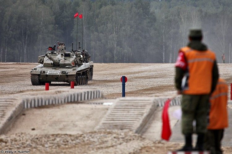 Nho Nga, sieu tang Type 96 Trung Quoc ngay cang nguy hiem
