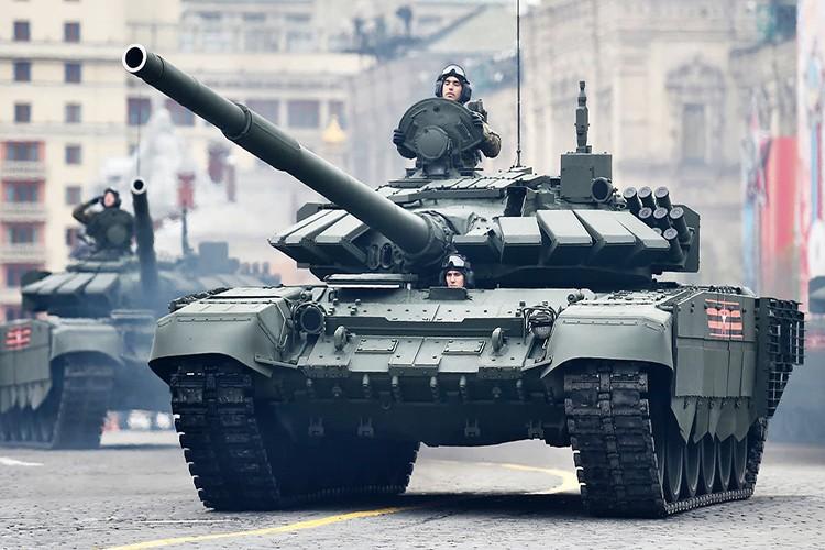 Mo xe phien ban xe tang T-72B3 hien dai nhat hanh tinh-Hinh-12