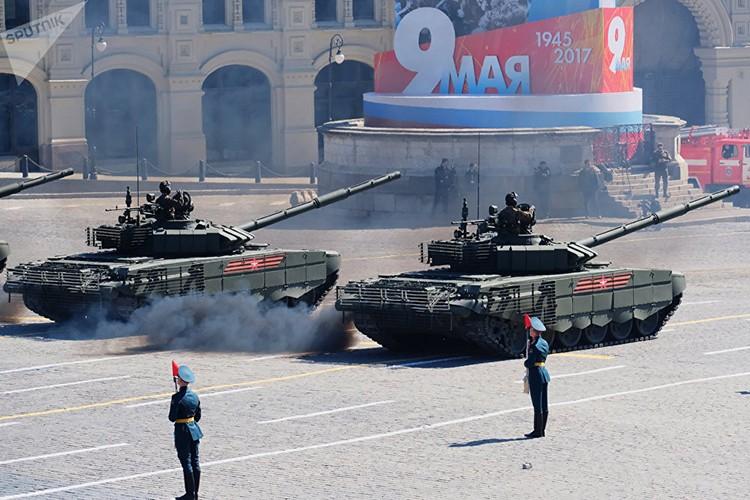 Mo xe phien ban xe tang T-72B3 hien dai nhat hanh tinh-Hinh-4