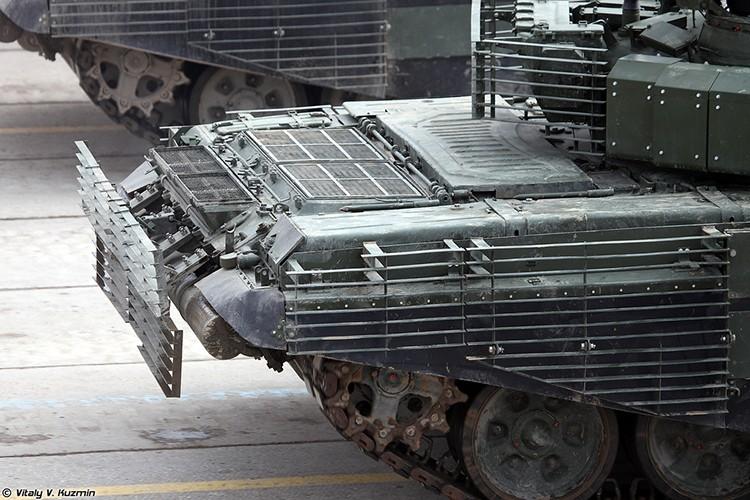 Mo xe phien ban xe tang T-72B3 hien dai nhat hanh tinh-Hinh-8