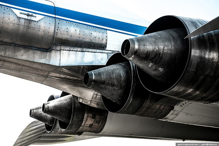 Chiem nguong dan may bay nem bom tuyet voi nhat cua Tupolev-Hinh-12