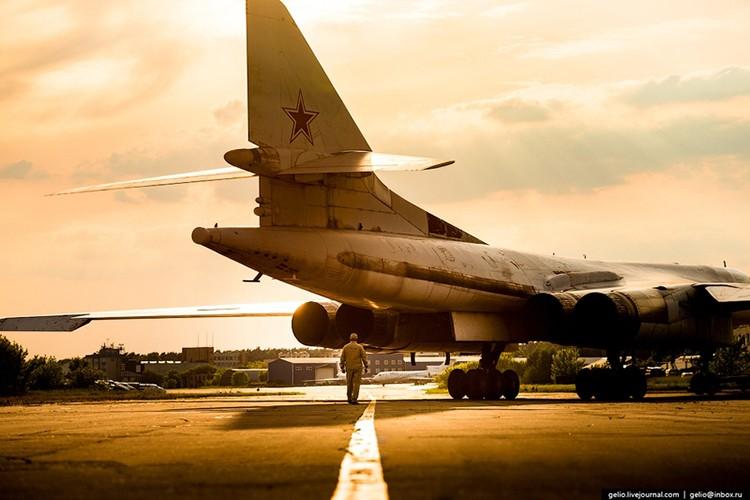 Chiem nguong dan may bay nem bom tuyet voi nhat cua Tupolev-Hinh-6
