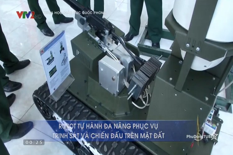 Bat ngo: Viet Nam che tao thanh cong robot chien dau-Hinh-3