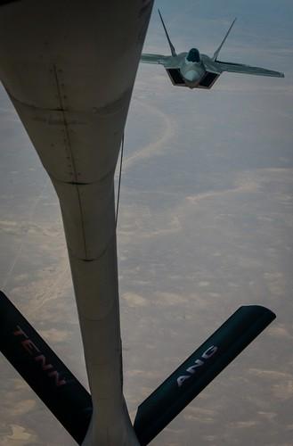 Tiet lo diem yeu chet nguoi cua sieu co F-22 My-Hinh-6