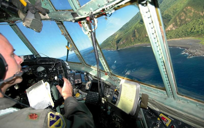 Guam: tau san bay khong the bi danh chim cua My-Hinh-14