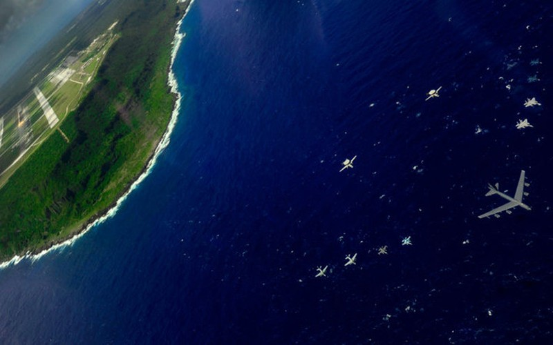 Guam: tau san bay khong the bi danh chim cua My-Hinh-8