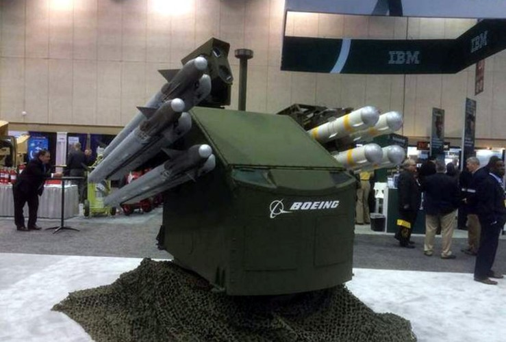 My lot xac Stryker, may bay, xe tang Nga coi chung-Hinh-3