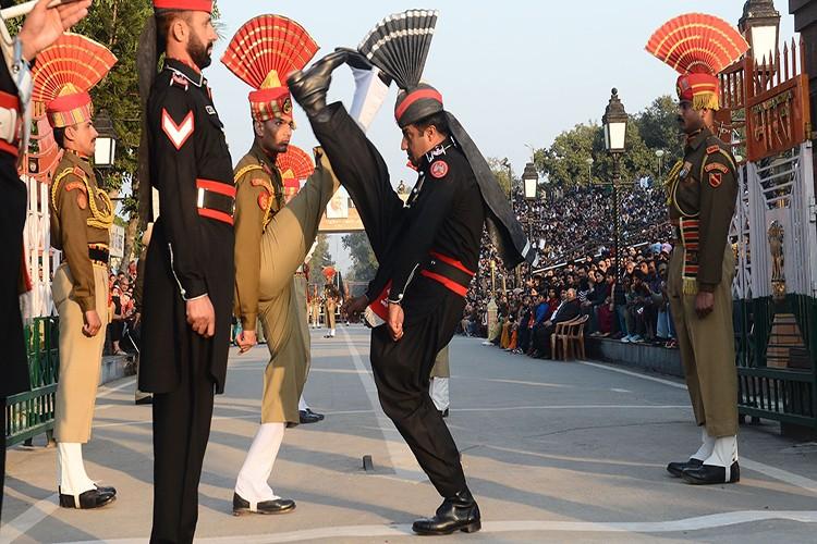 Pakistan ke dung giua trong xung dot Trung-An-Hinh-5