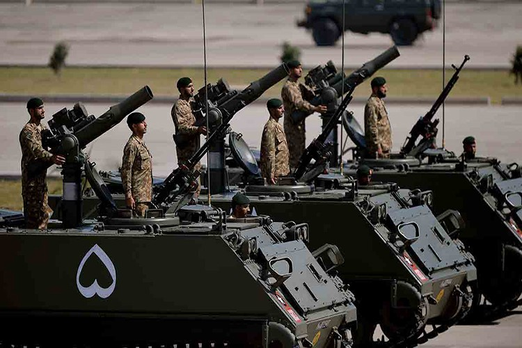 Pakistan ke dung giua trong xung dot Trung-An-Hinh-8