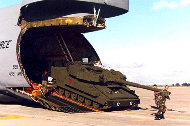 Ham hiu so phan xe tang bay duy nhat cua My-Hinh-9