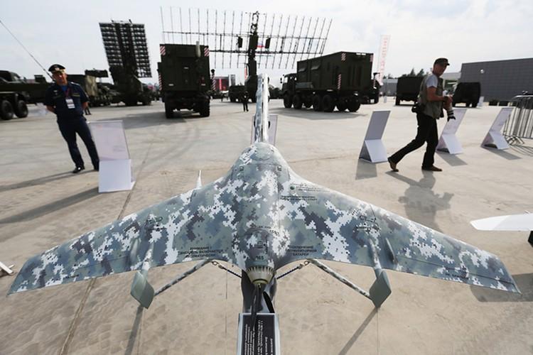Chiem nguong dan vu khi khung cua Nga tai Army-2017-Hinh-16