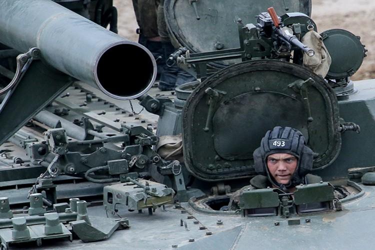 Chiem nguong dan vu khi khung cua Nga tai Army-2017-Hinh-18